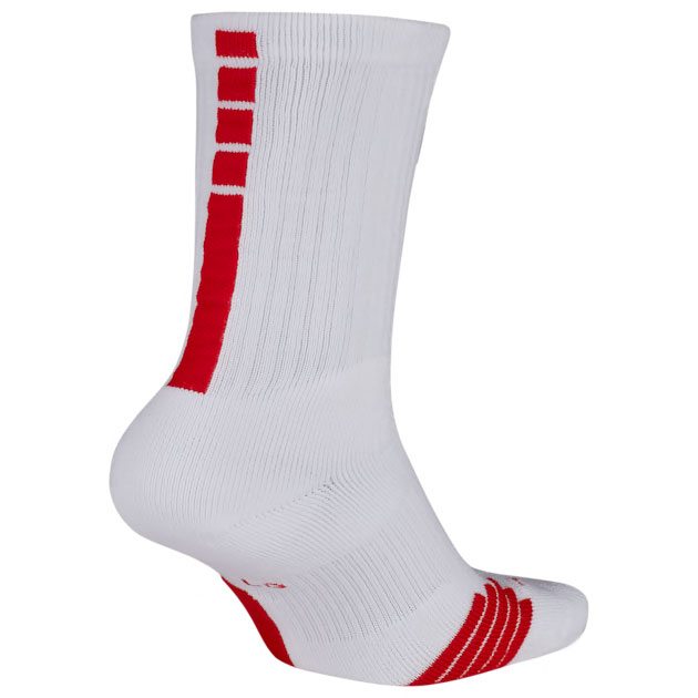 nike-lebron-17-graffiti-socks-white-red-2