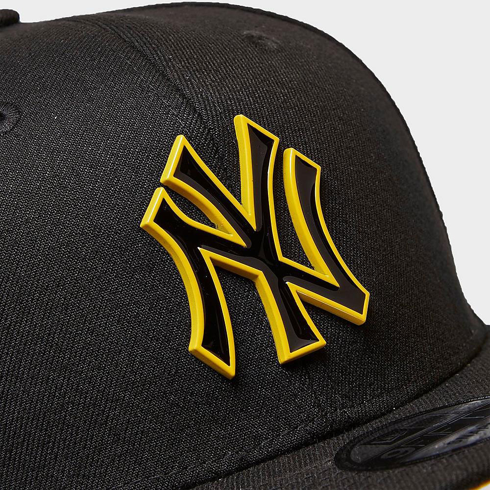 jordan-12-university-gold-yankees-hat-1