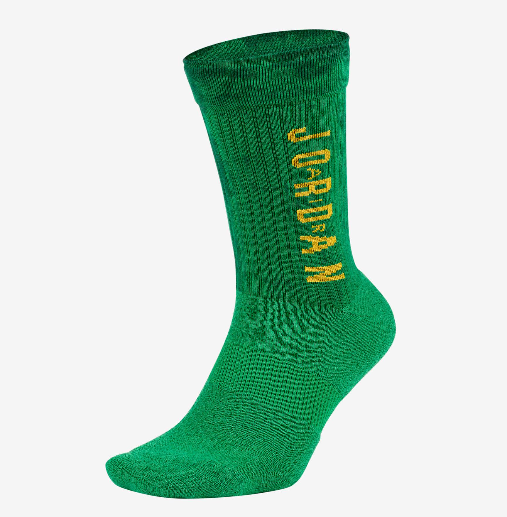 jordan-13-lucky-green-socks-1