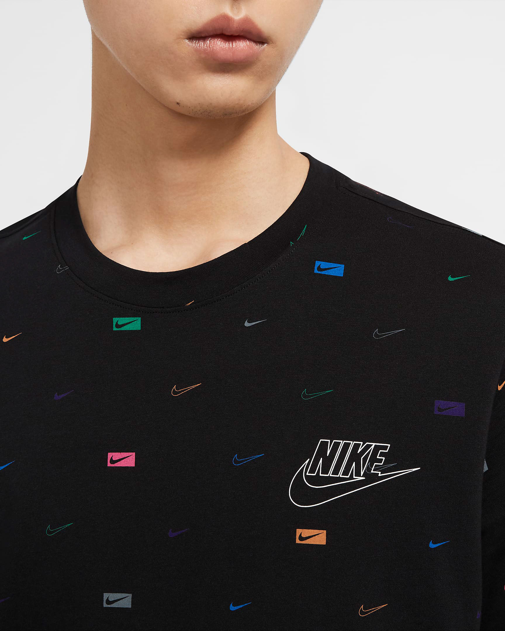 nike-air-vapormax-flyknit-2020-pure-platinum-shirt-match-black-1