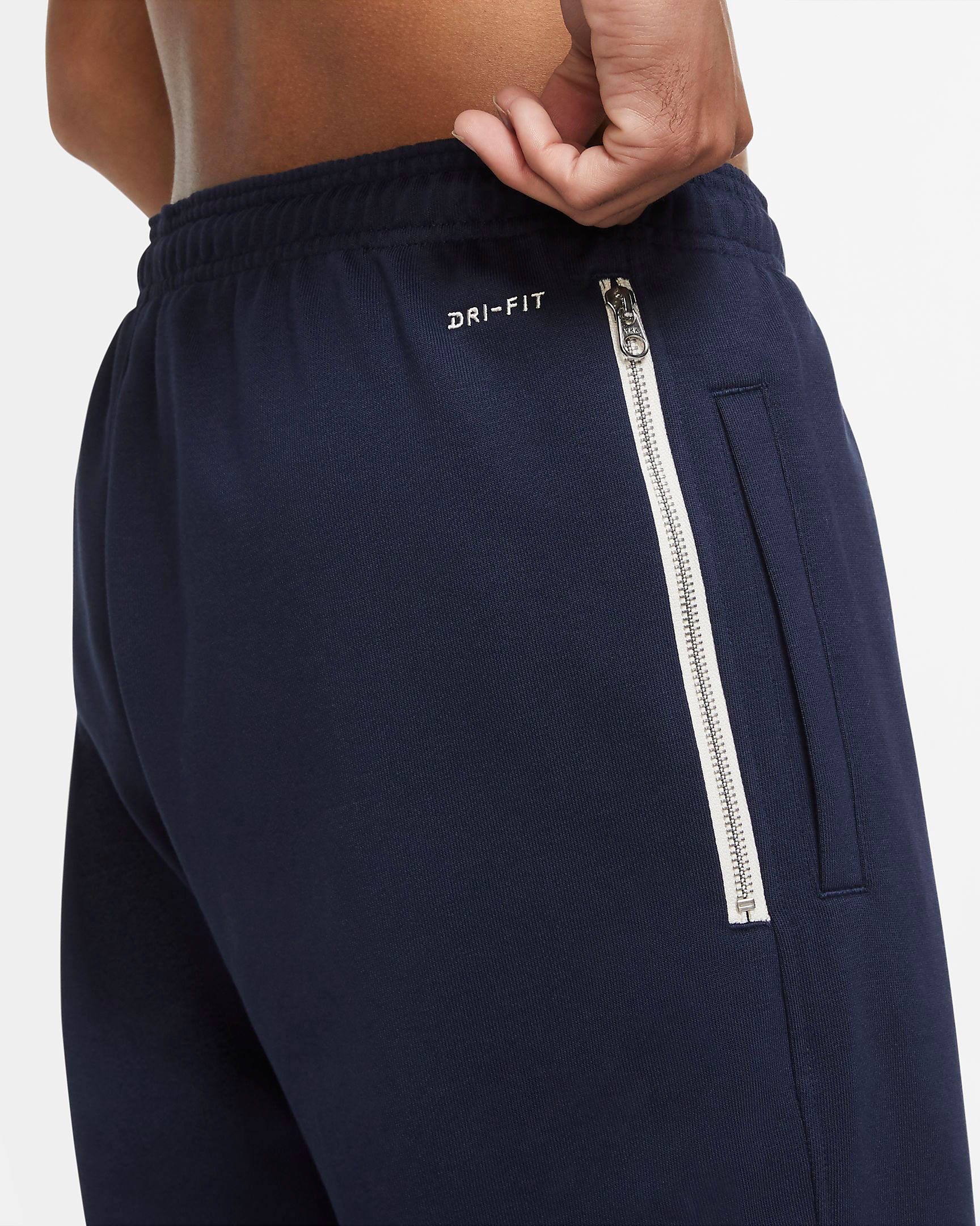 nike-lebron-17-graffiti-cold-blue-basketball-pants-2