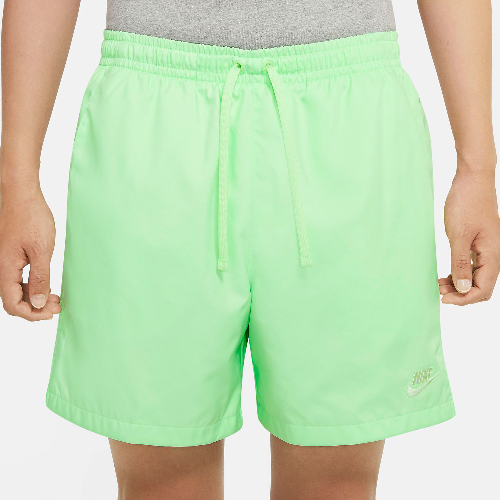 nike-pg-4-gatorade-white-gx-shorts-match