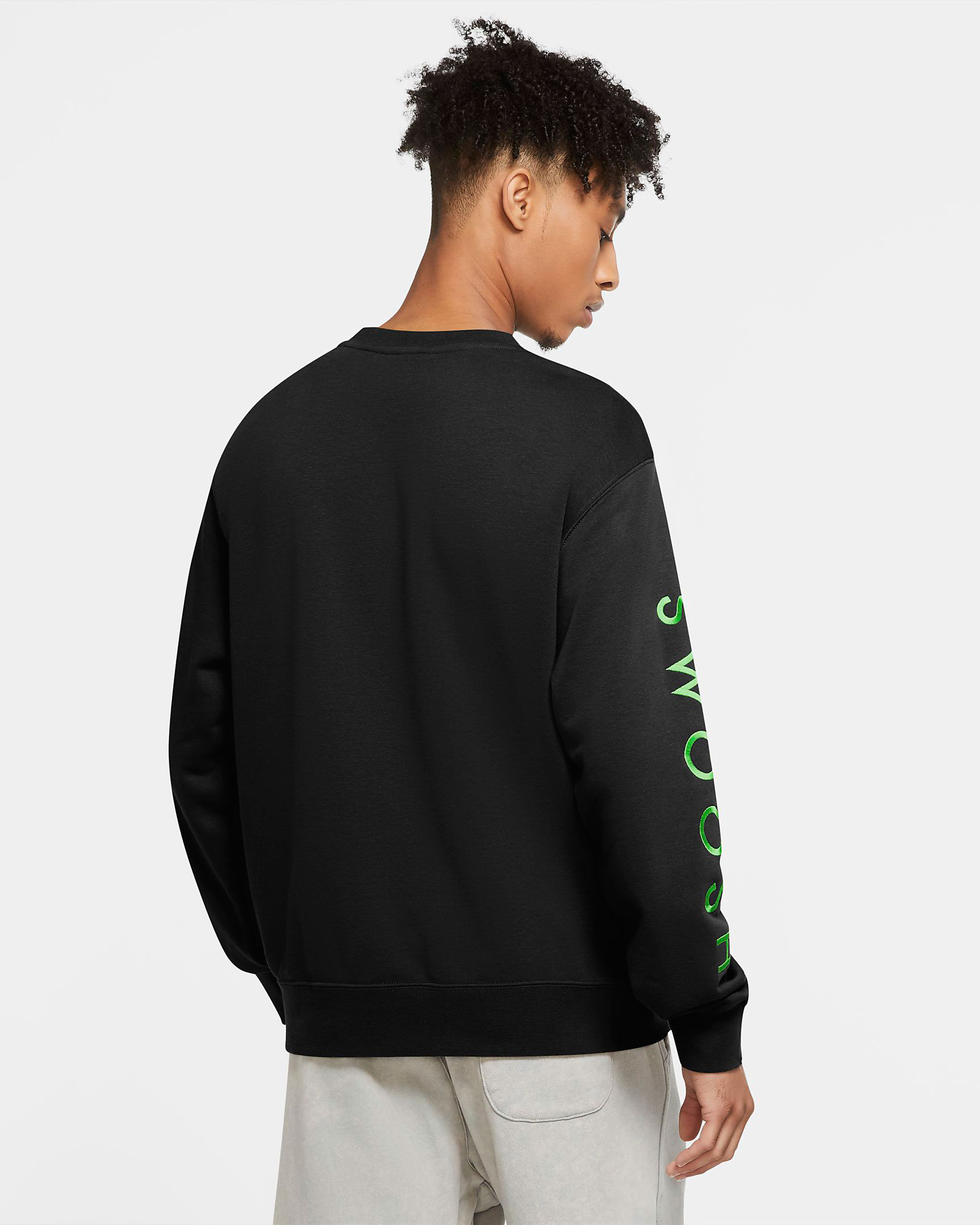 nike-worldwide-sweatshirt-black-green-2