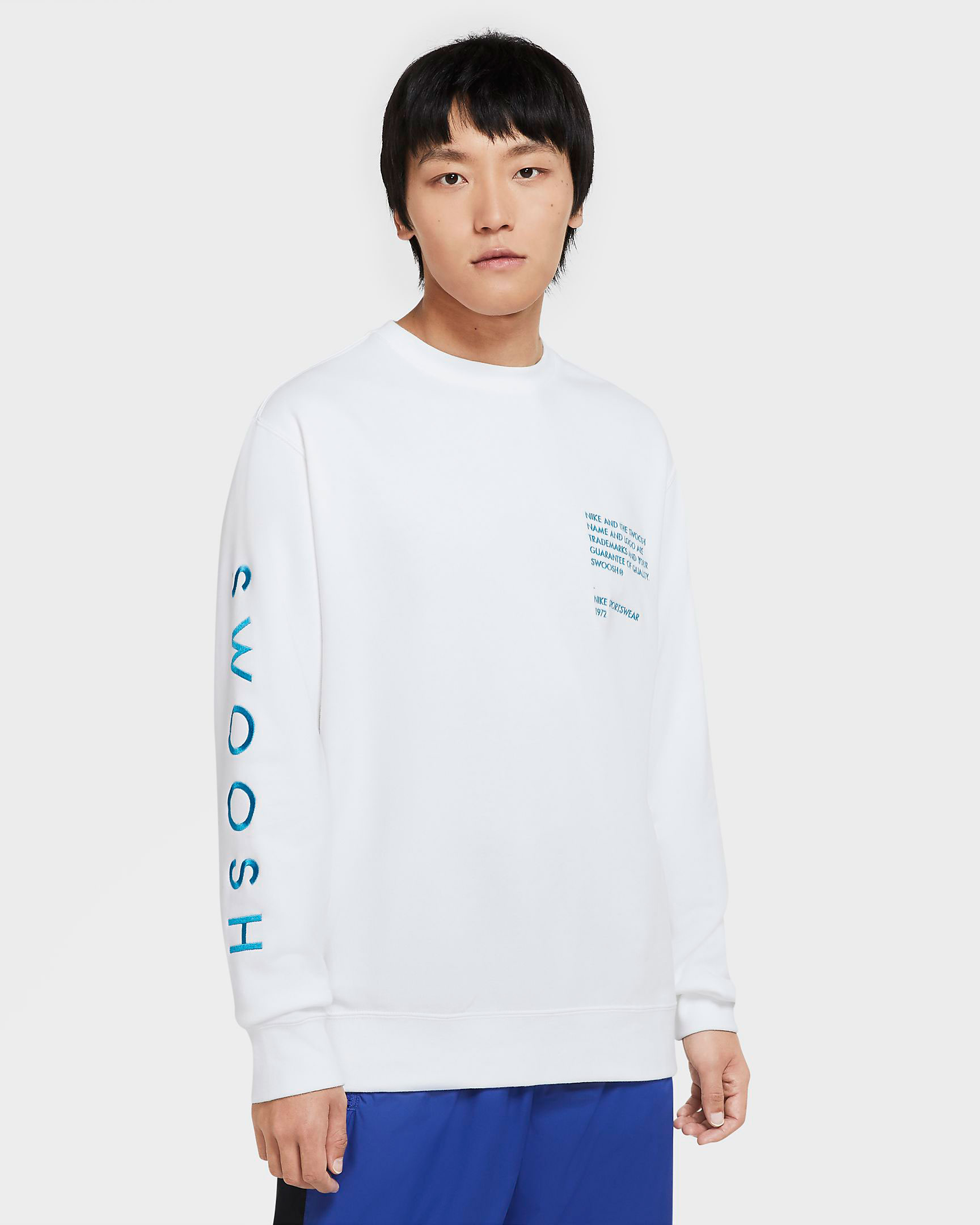 nike-worldwide-sweatshirt-white-blue-1