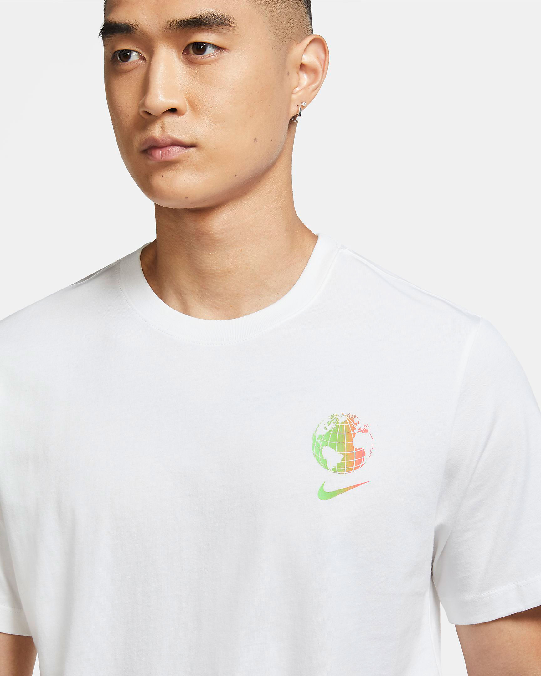 nike-worldwide-tee-shirt-white-1