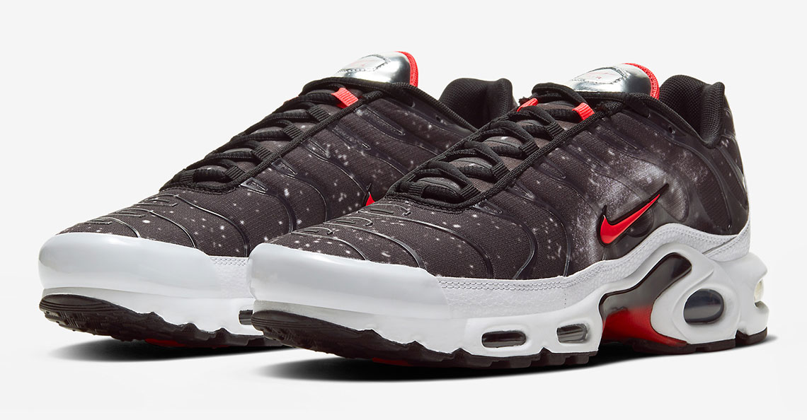 nike-air-max-plus-supernova-space-to-dream-1