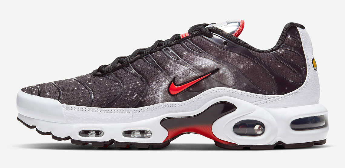 nike-air-max-plus-supernova-space-to-dream