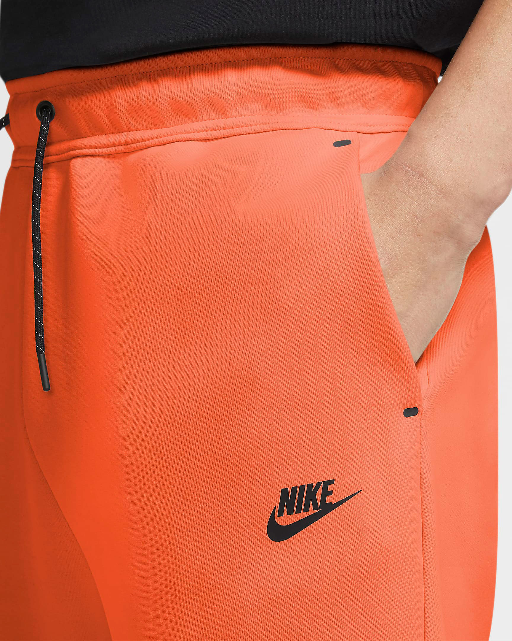 nike-tech-fleece-shorts-orang2