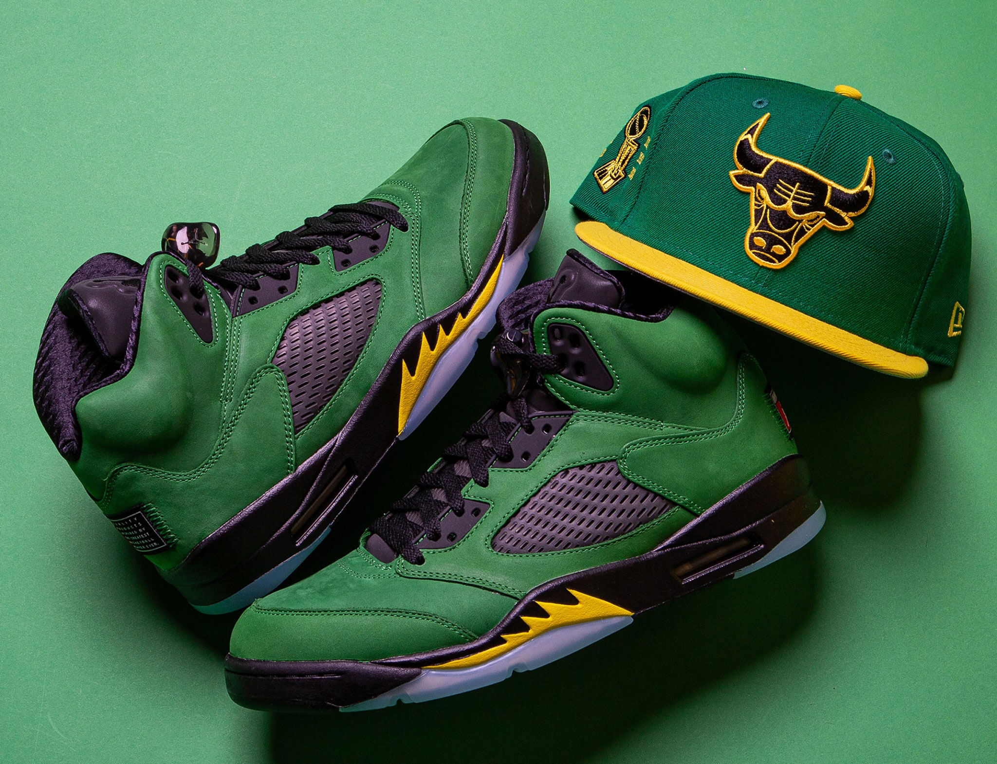 air-jordan-5-oregon-ducks-bulls-new-era-hat