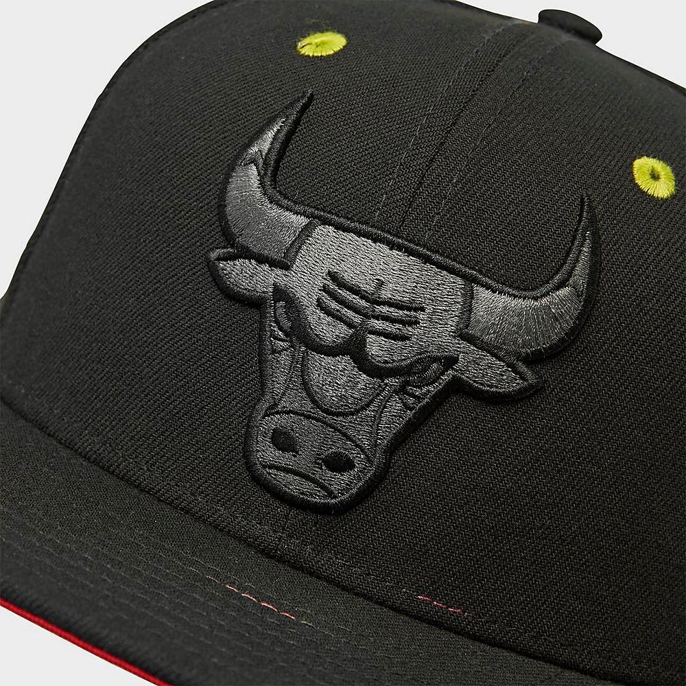 jordan-1-bio-hack-bulls-hat-match-1