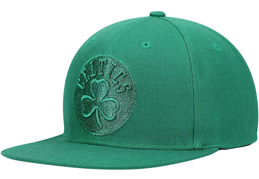 jordan-13-lucky-green-retro-celtics-hat-3
