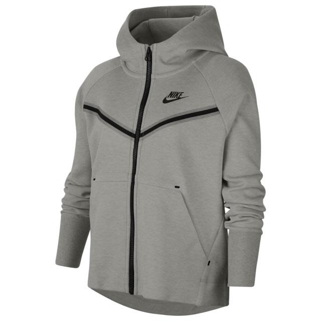 jordan-6-wmns-tech-chrome-smoke-grey-hoodie