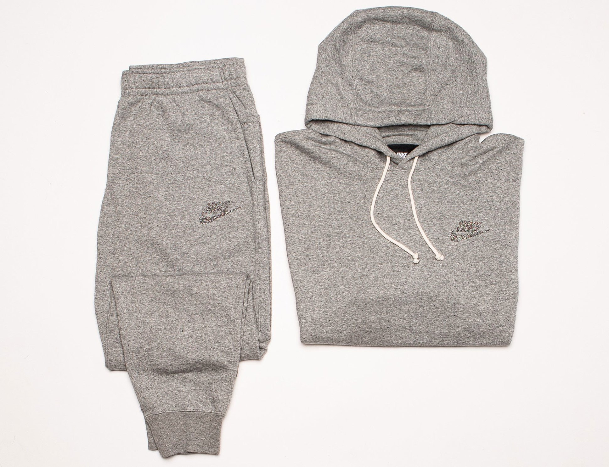 nike-recycled-canvas-hoodie-jogger-pants