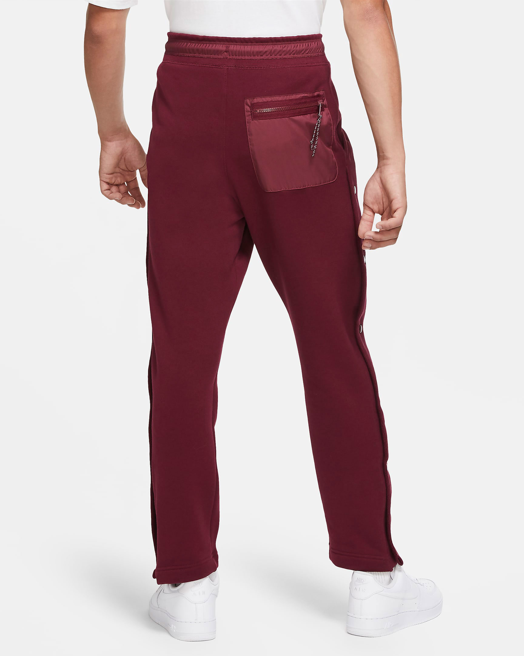 nike-sportswear-pants-beetroot-bordeaux-2