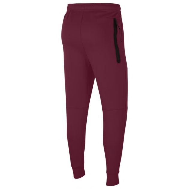 nike-tech-fleece-pants-beetroot-bordeaux-2