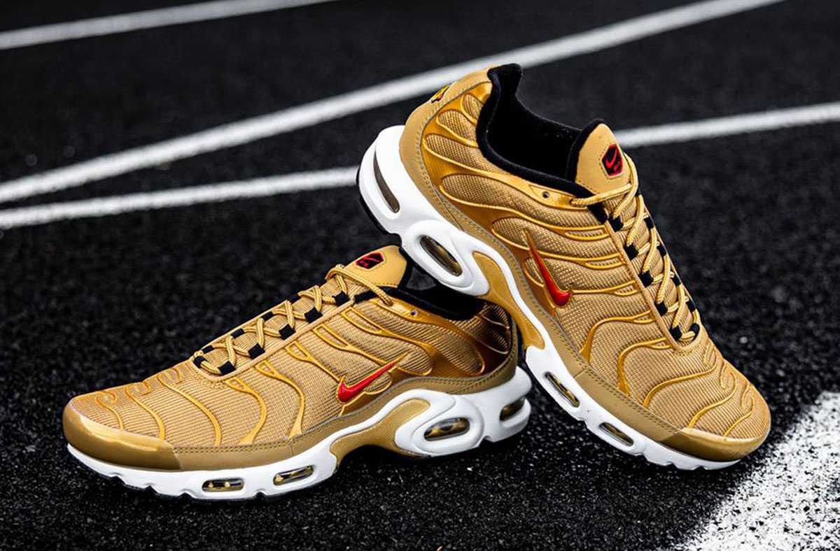 where-to-buy-nike-air-max-plus-gold-bullet-2020