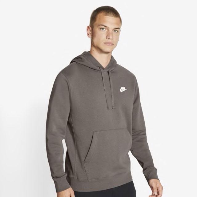 air-jordan-1-dark-mocha-nike-hoodie-match