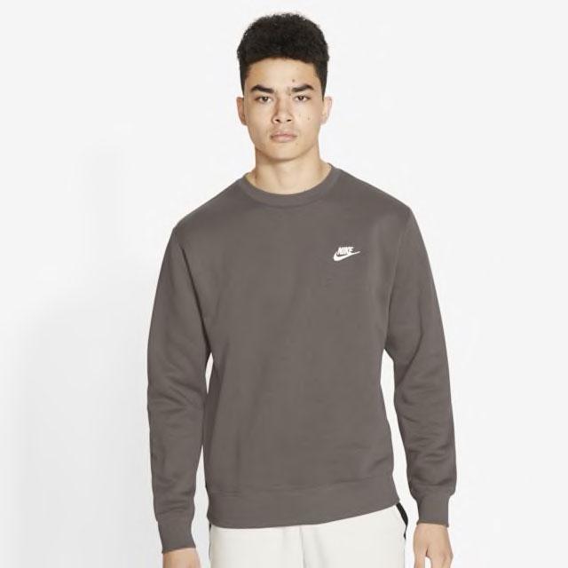 air-jordan-1-dark-mocha-nike-sweatshirt-match