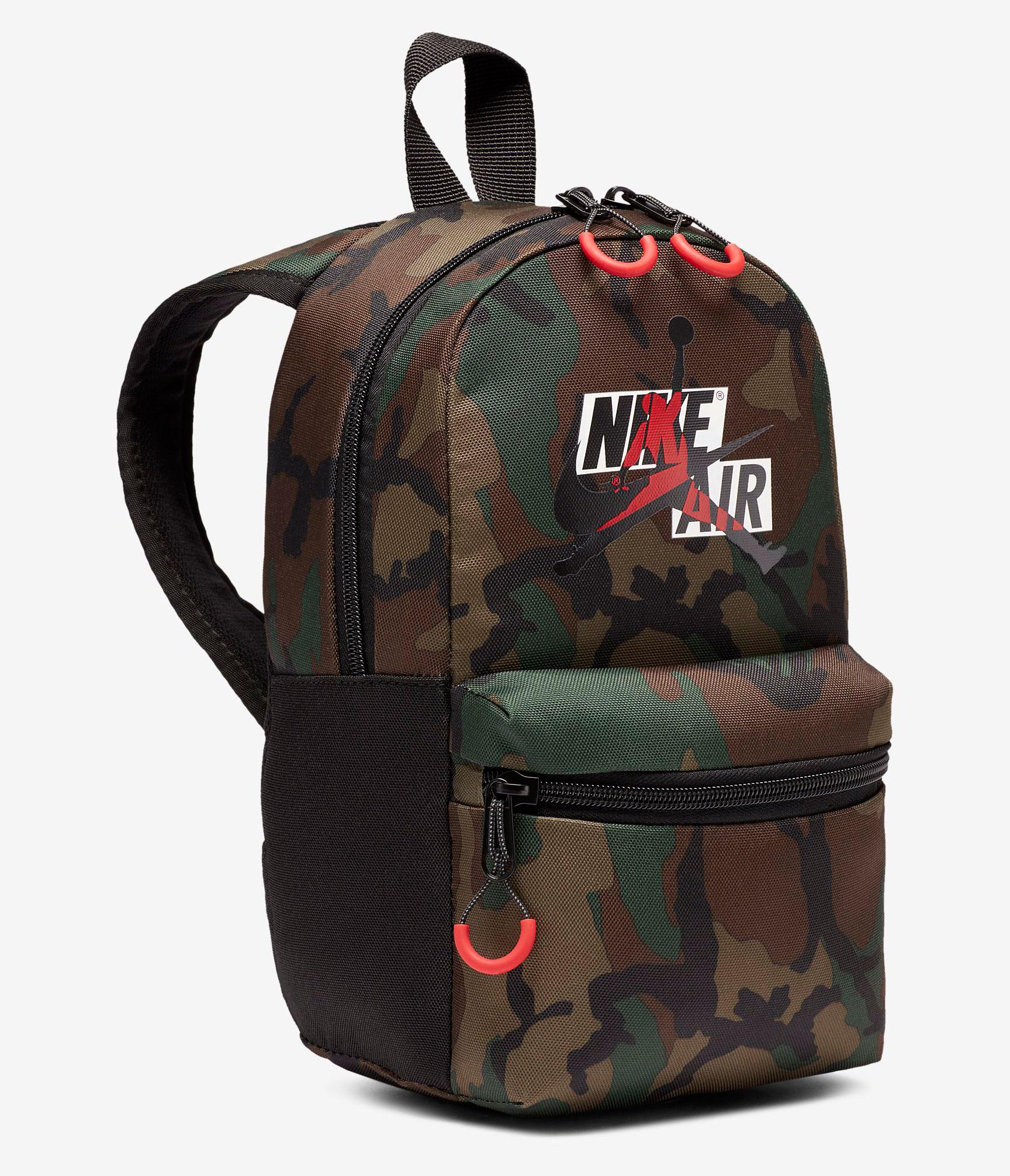 air-jordan-1-dark-mocha-small-backpack-match
