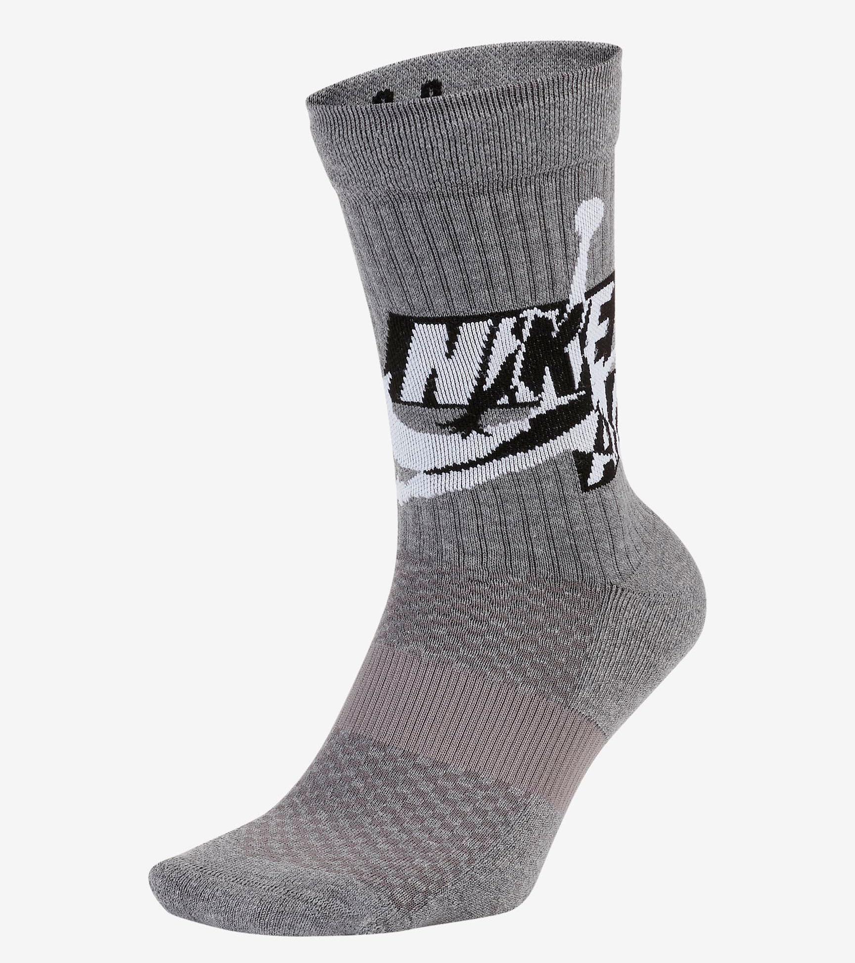 air-jordan-3-blue-cement-shirts-socks-match