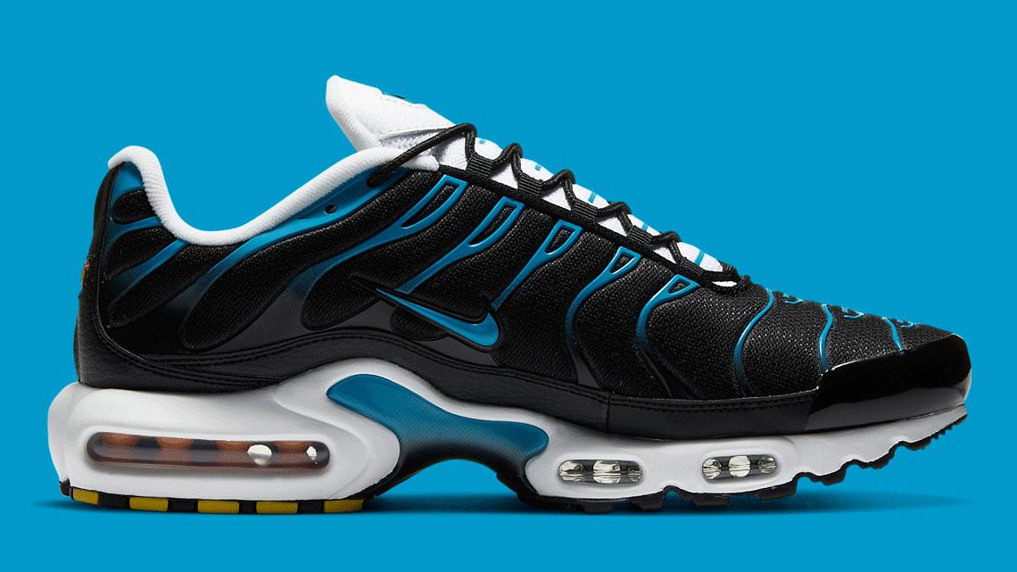 nike-air-max-plus-black-laser-blue-release-date-price-2