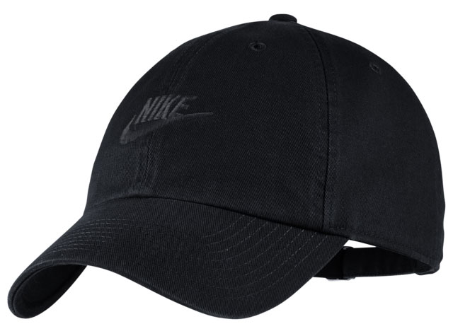 nike-foamposite-one-anthracite-blackout-hat-match-1