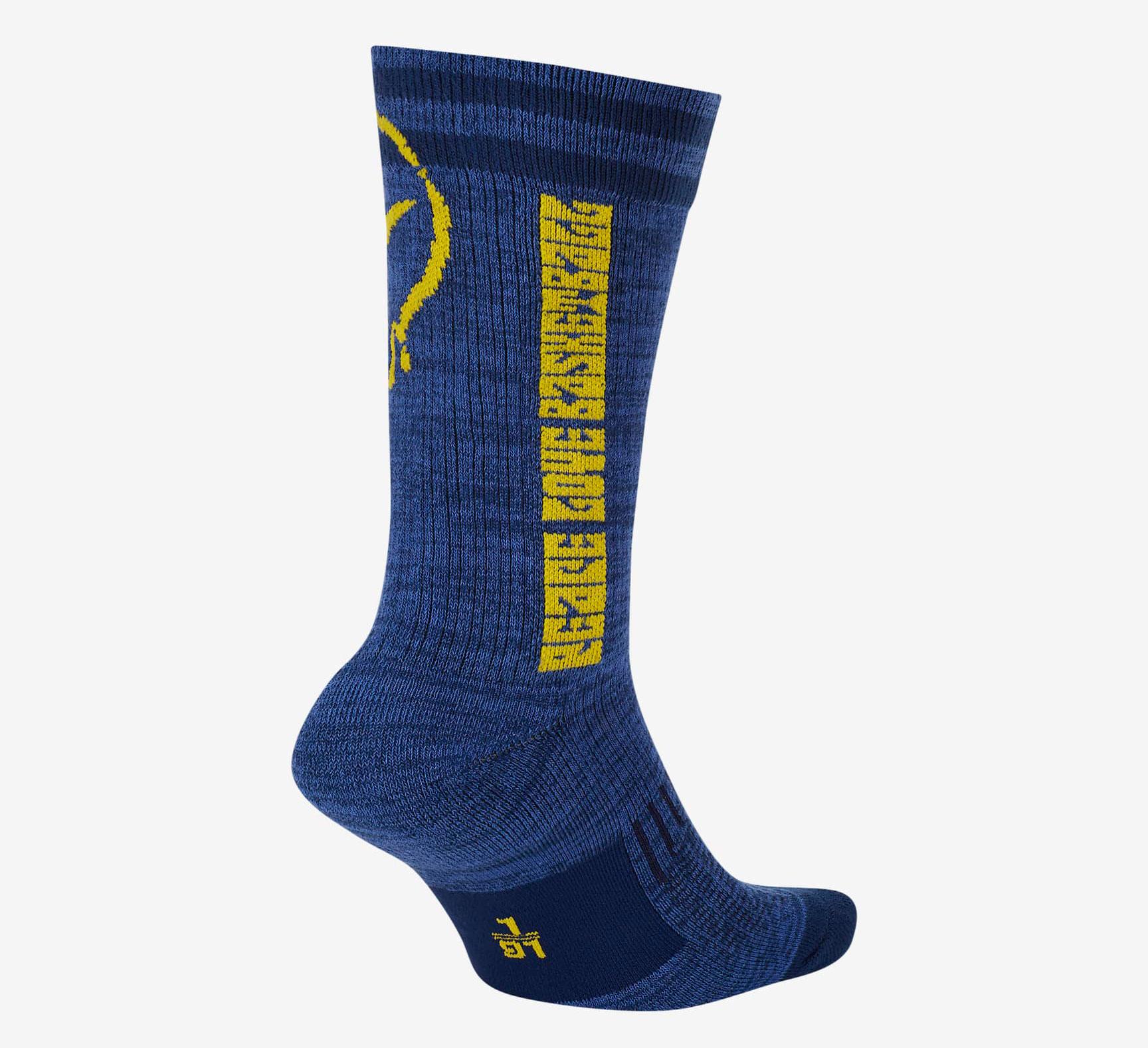 nike-peace-love-basketball-socks-2
