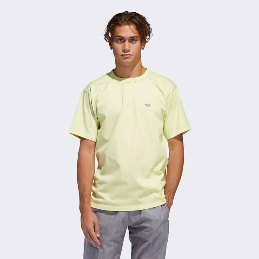 yeezy-380-calcite-glow-green-shirt