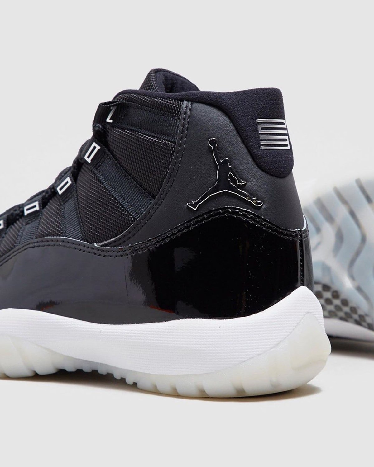 25th-anniversary-air-jordan-11-black-clear-holiday-2020-ct8012-011-release-date-3