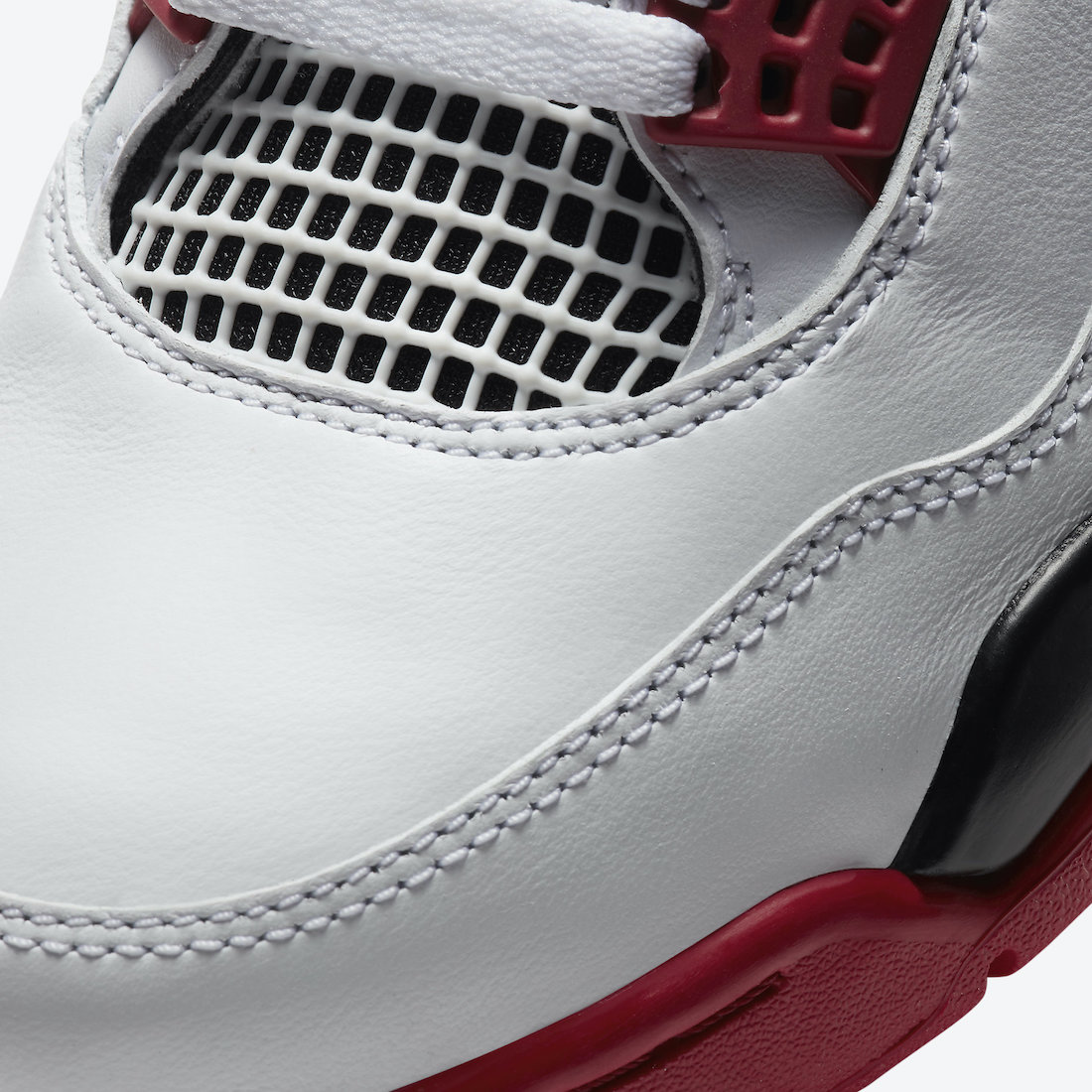 Air-Jordan-4-OG-Fire-Red-DC7770-160-Release-Date-Price-6