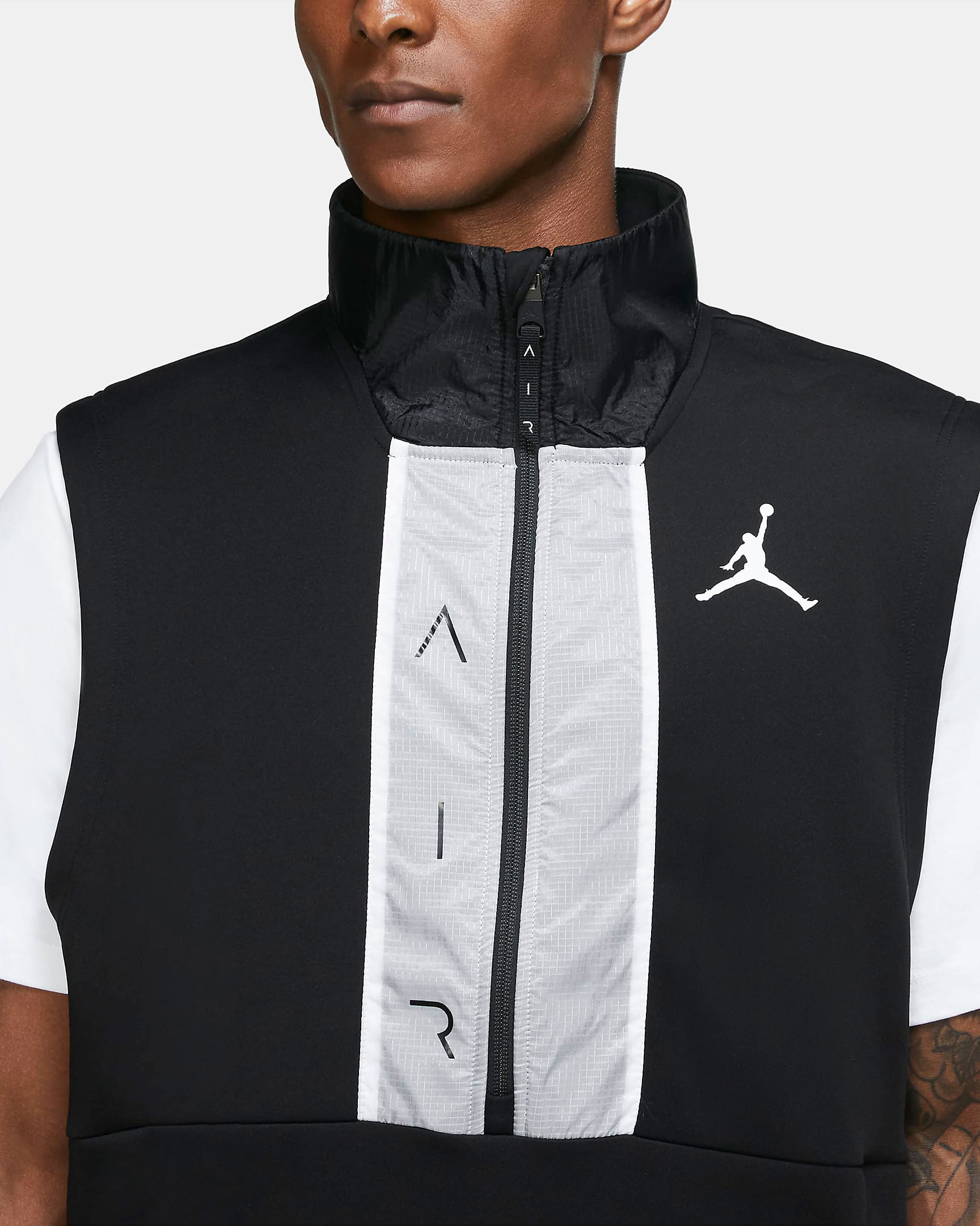 air-jordan-11-jubilee-black-white-jordan-vest-2