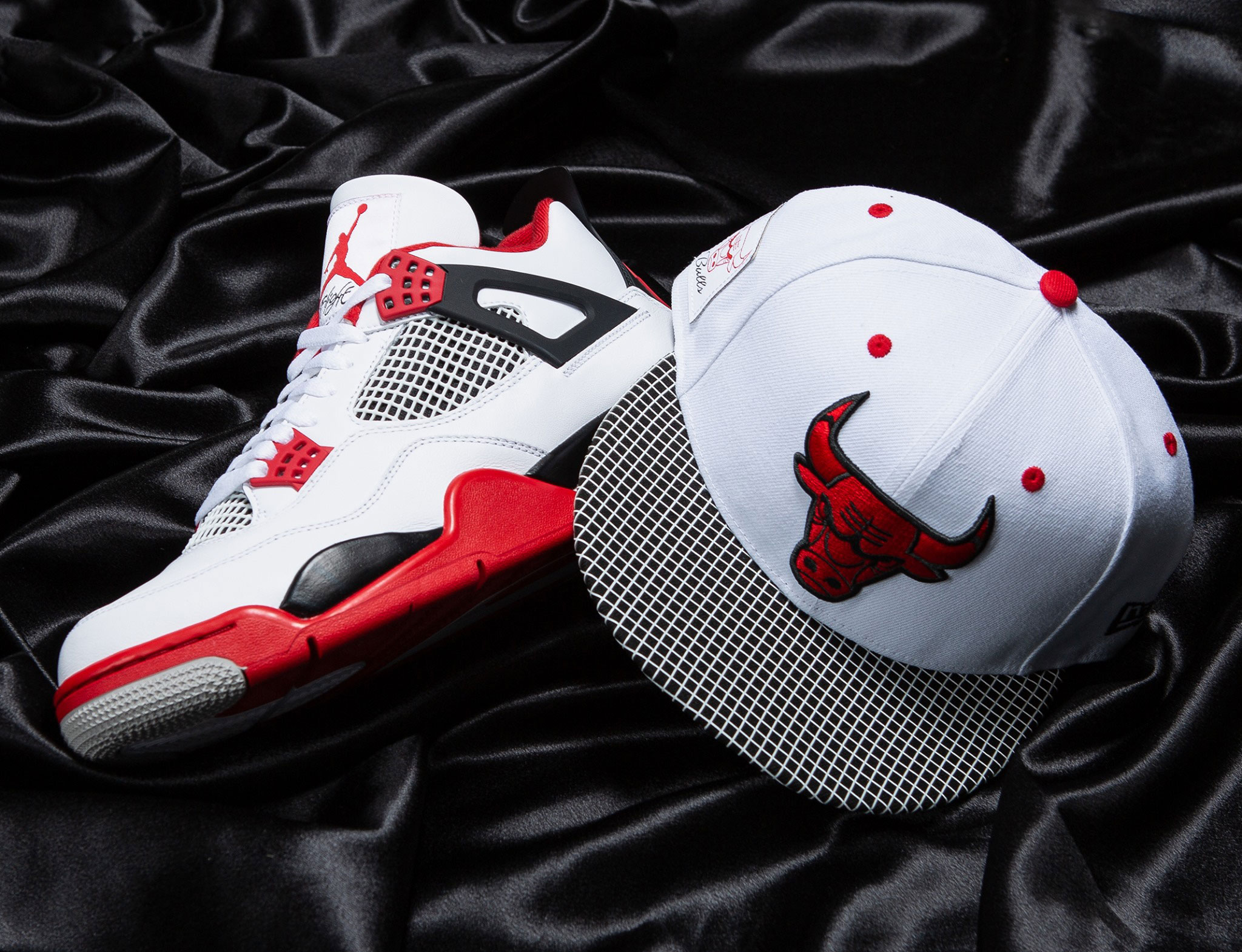 fire-red-air-jordan-4-retro-2020-bulls-hat