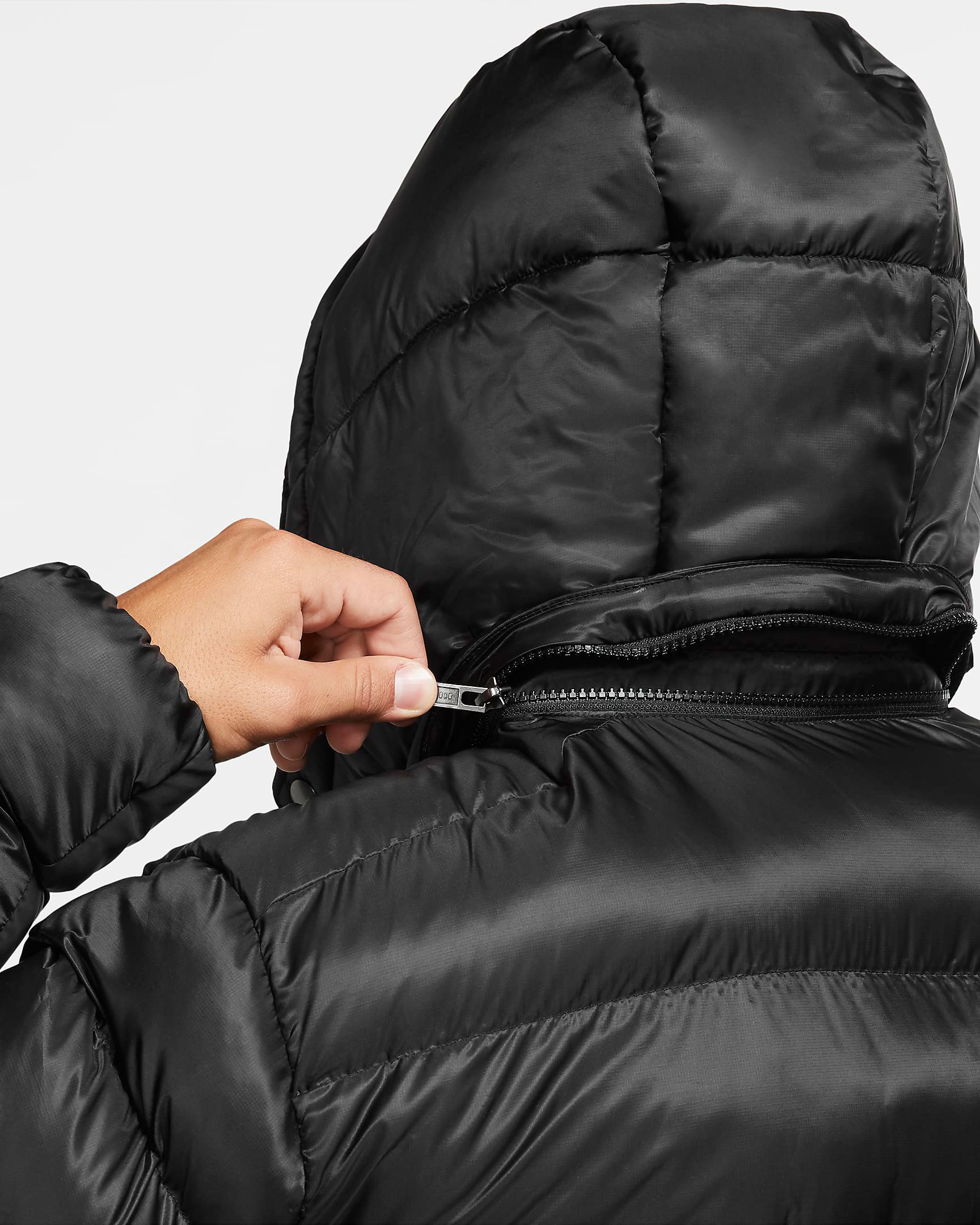 jordan-jumpman-puffer-jacket-black-white-4