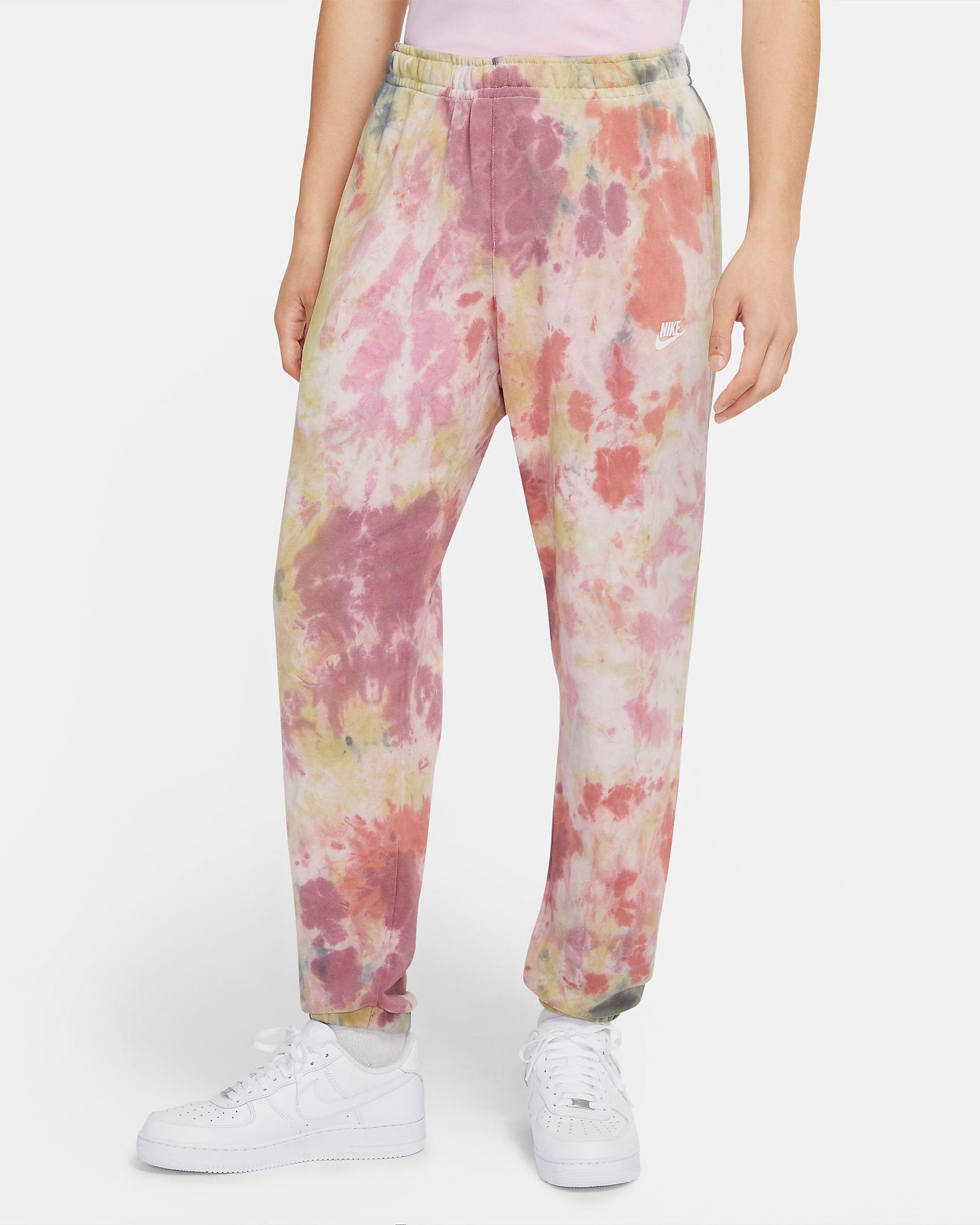 nike-air-max-1-pink-strawberry-lemonade-pants