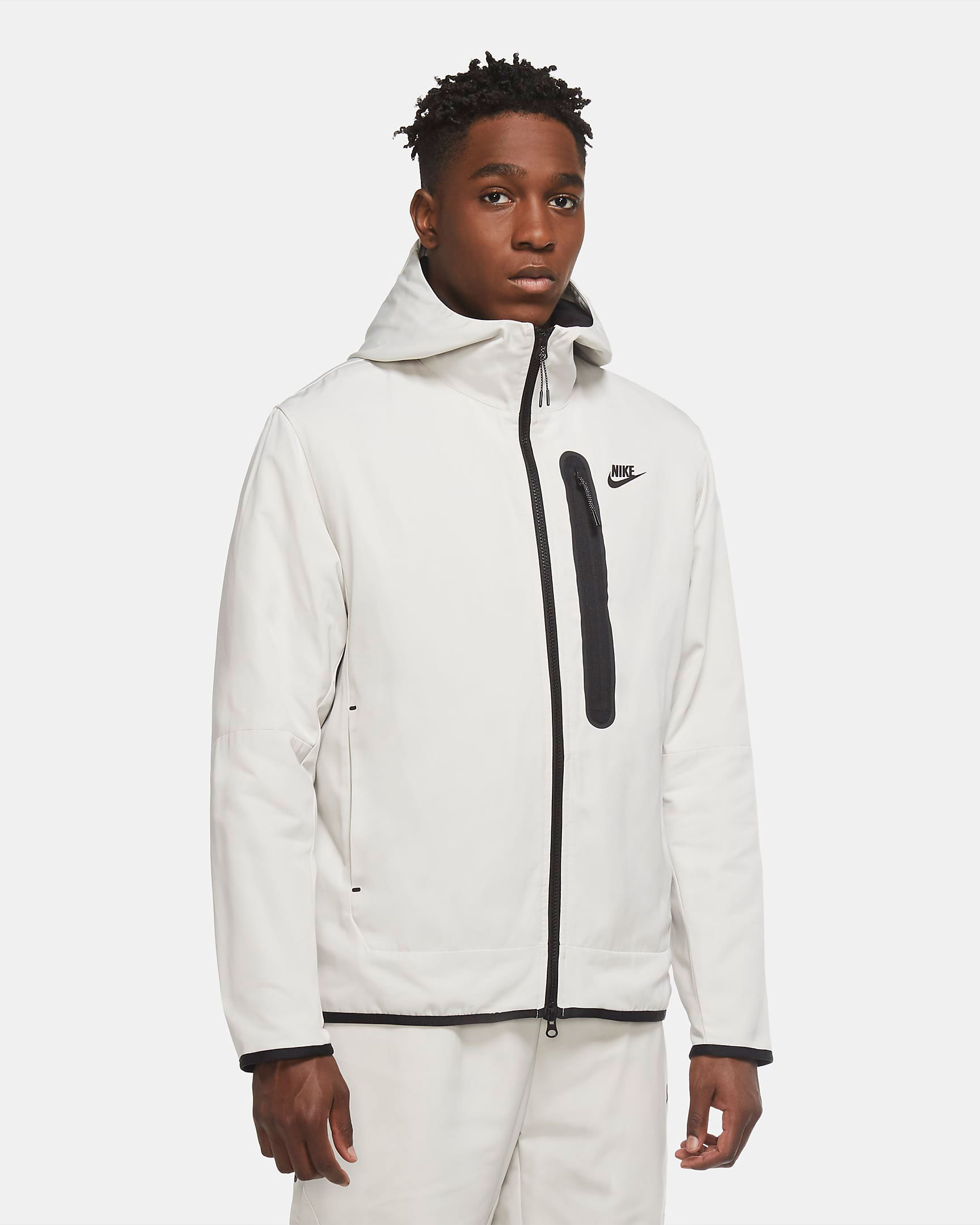nike-sportswear-tech-essentials-repel-jacket-bone-black-1