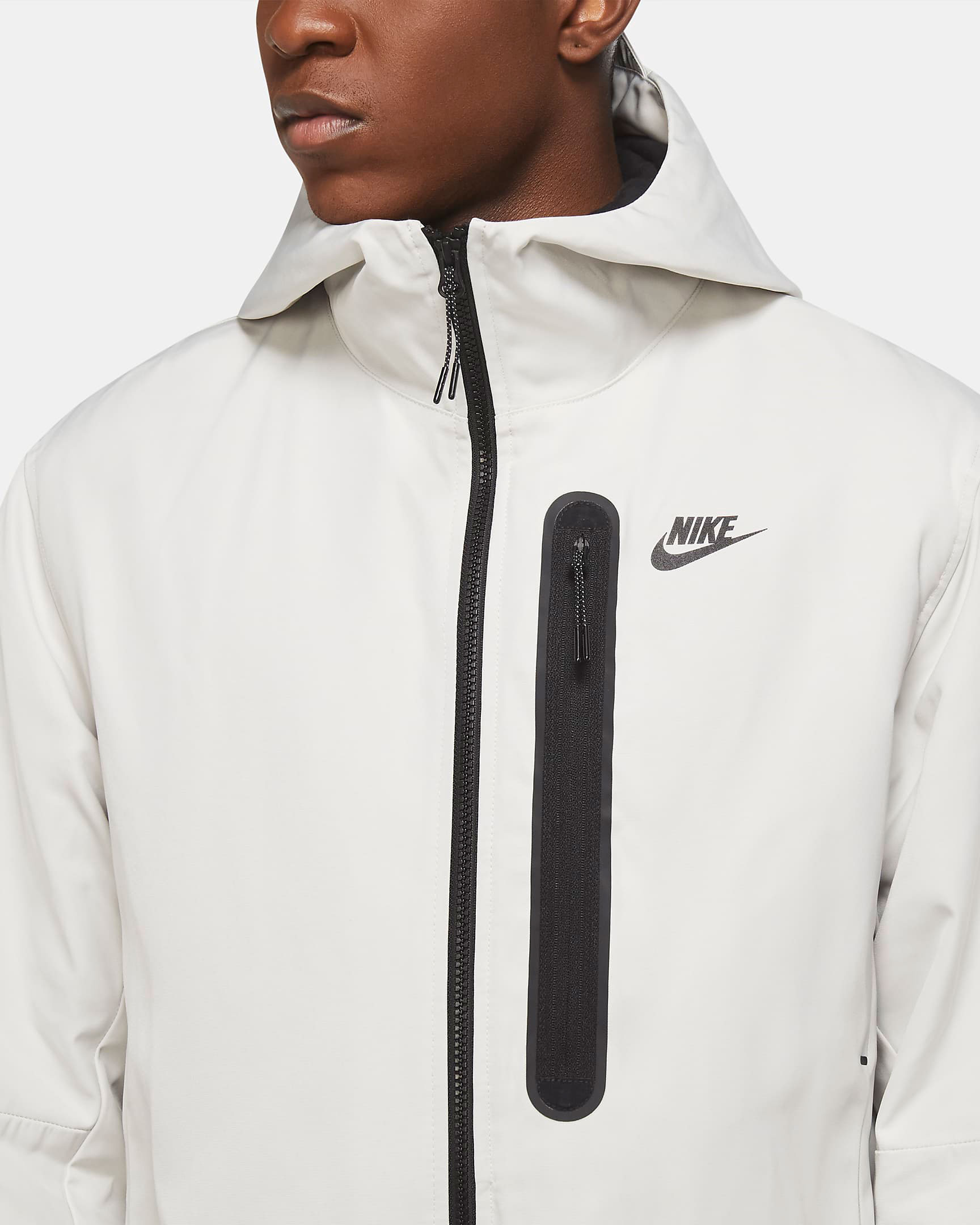 nike-sportswear-tech-essentials-repel-jacket-bone-black-4