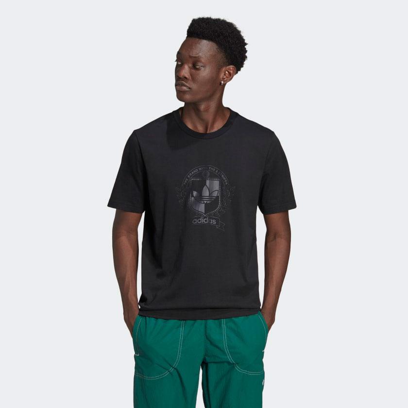 yeezy-380-onyx-adidas-t-shirt-match-1