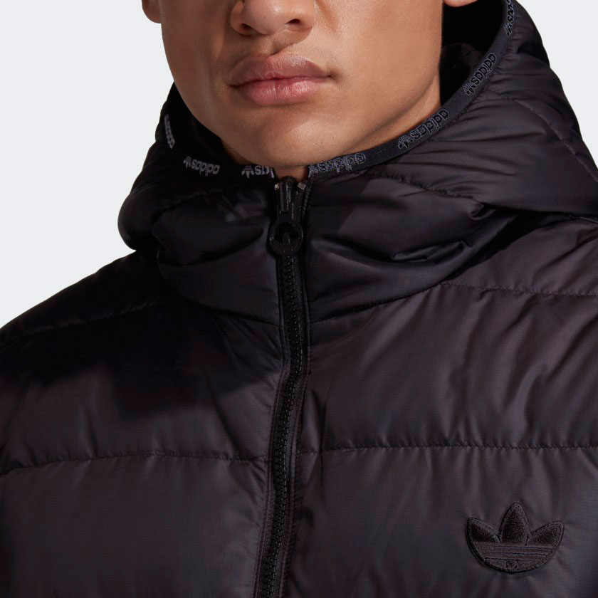 yeezy-500-utility-black-puffer-jacket-match-3
