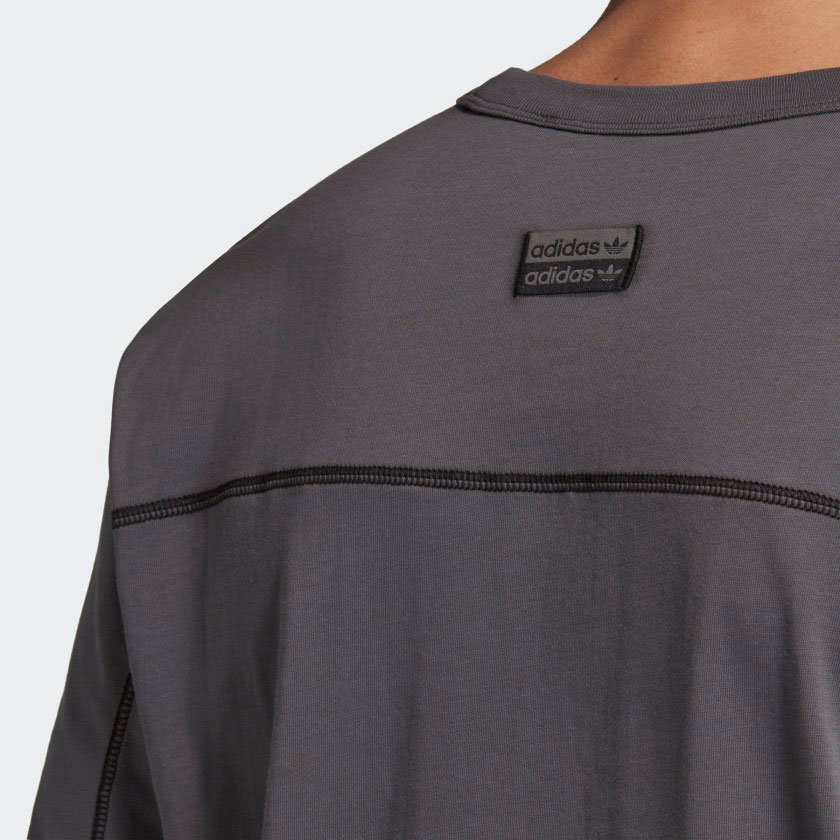yeezy-500-utility-black-shirt-2