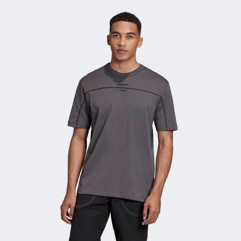yeezy-500-utility-black-shirt-3