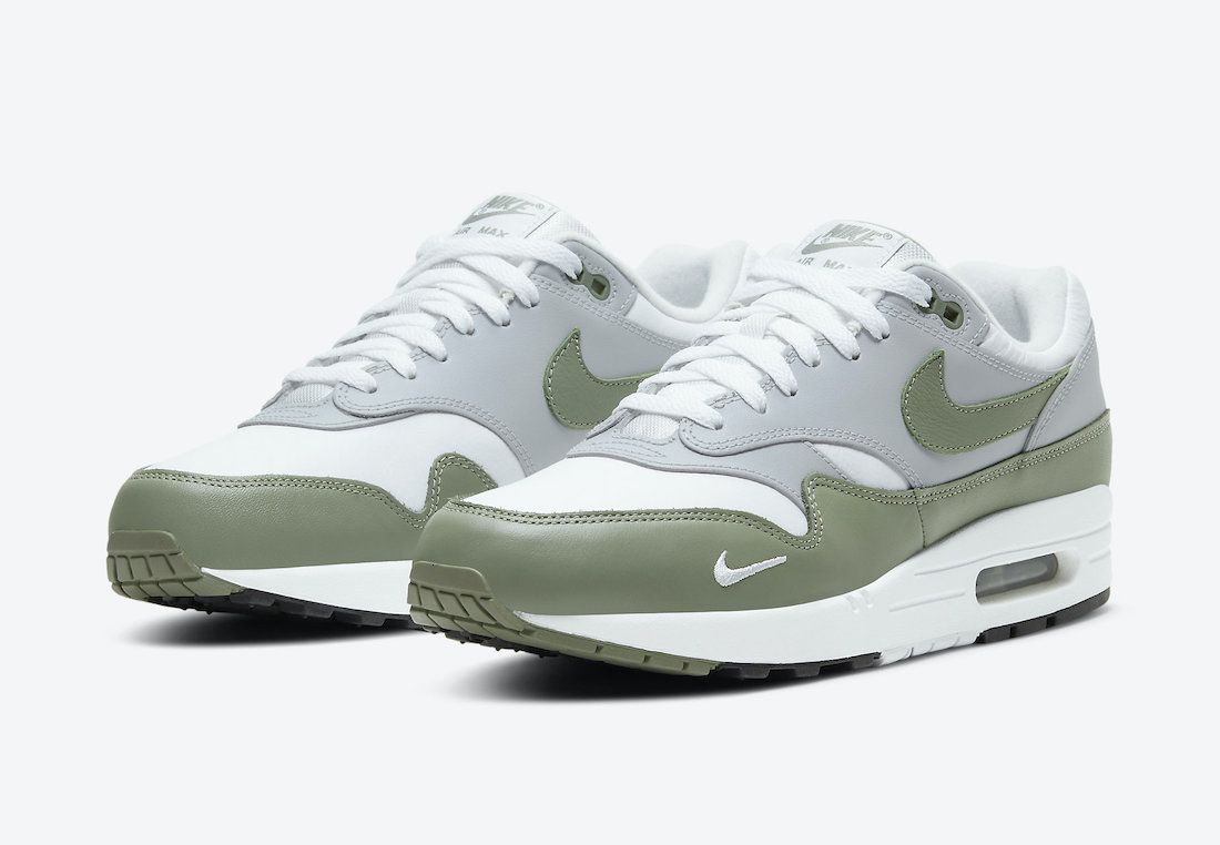 Nike-Air-Max-1-Spiral-Sage-DB5074-100-Release-Date-4
