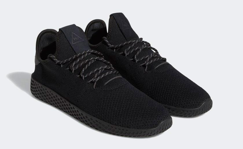adidas-pharrell-triple-black-tennis-hu