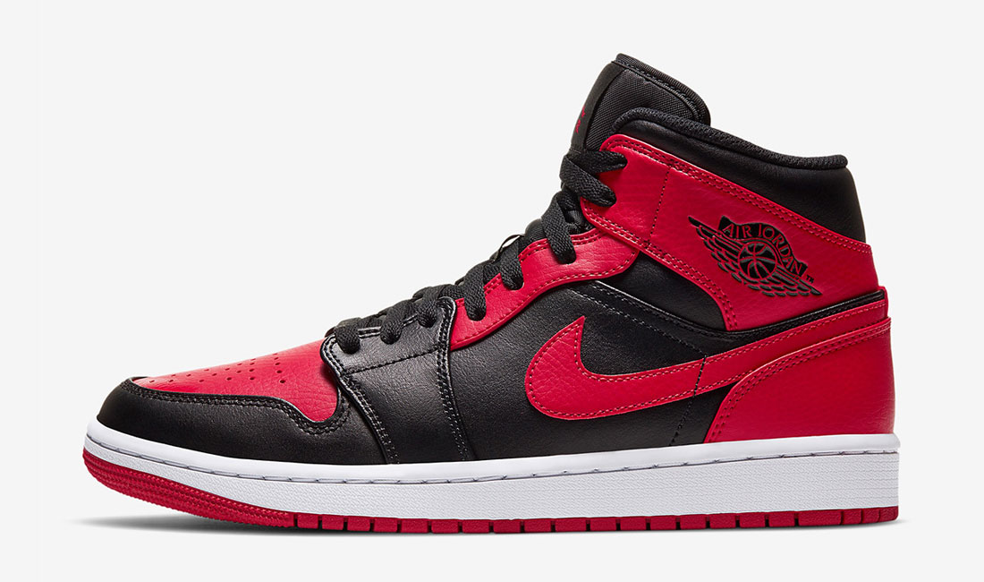 air-jordan-1-mid-banned-sneaker-clothing-match
