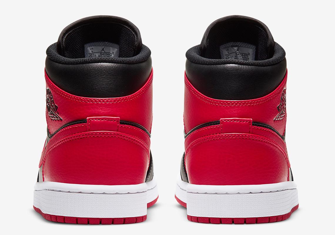 air-jordan-1-mid-black-red-554724-074-1