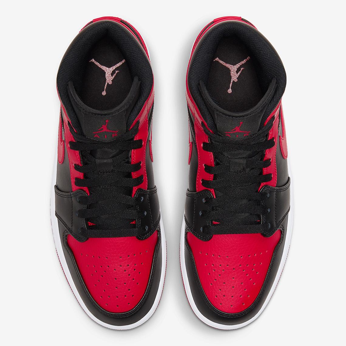 air-jordan-1-mid-black-red-554724-074-4