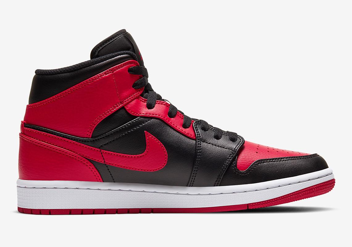 air-jordan-1-mid-black-red-554724-0748