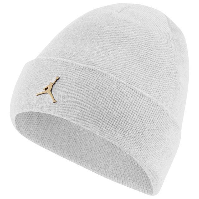 air-jordan-1-mid-metallic-gold-beanie-knit-hat