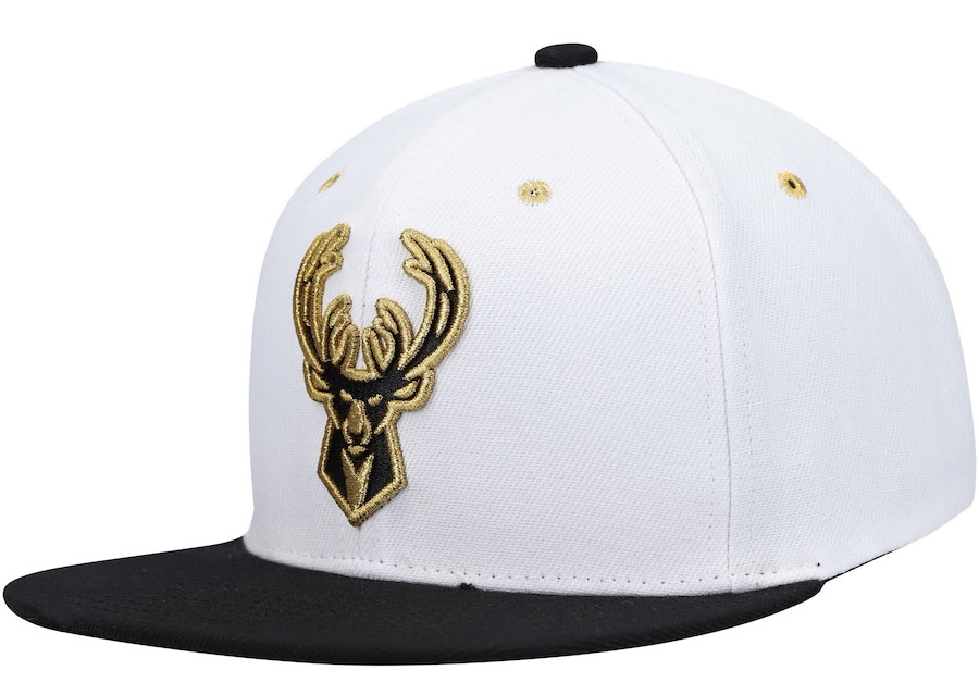 jordan-1-black-gold-milwaukee-bucks-hat