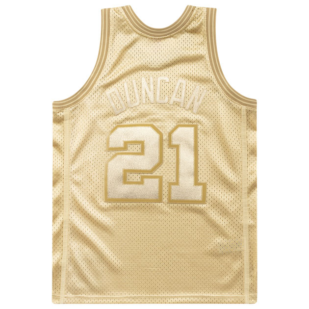 jordan-1-metallic-gold-tim-duncan-mitchell-and-ness-gold-jersey-2