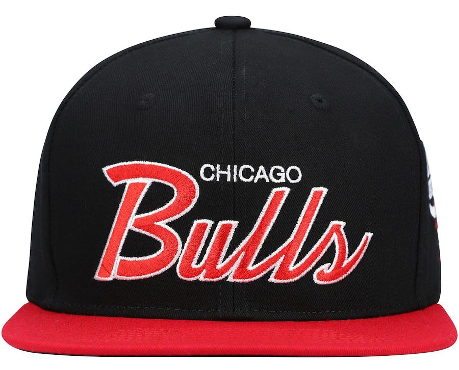 jordan-12-reverse-flu-game-bulls-mitchell-ness-snapback-cap-2